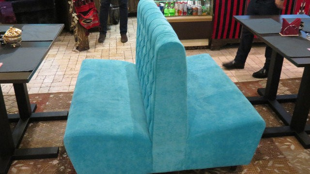 Идеи использования диванов с высокой спинкой
