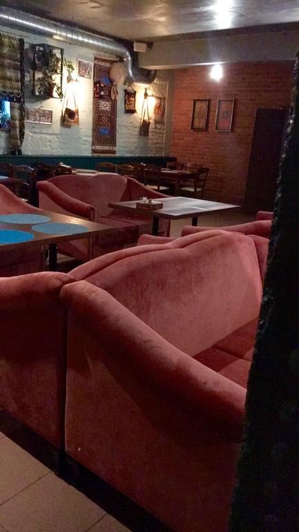 """Наша мебель в кафе грузинской кухни """"Cакварели"""" г. Киров, ул. Герцена д.88а"""