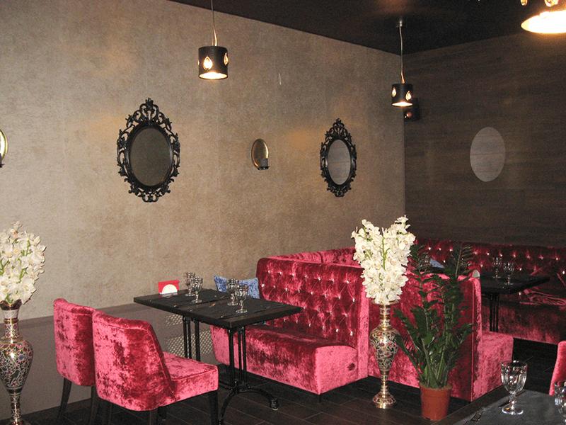 """Наша мебель в кафе """"Оранжерея"""" г. Чехов, ул. Почтовая 20"""