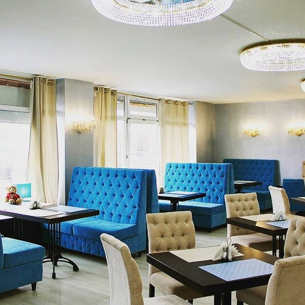 "Наша мебель в ресторане ""Страдивари"" г.Москва, ул. Академика Анохина , д.60"