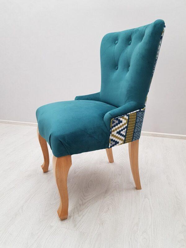 красивый стул для кафе