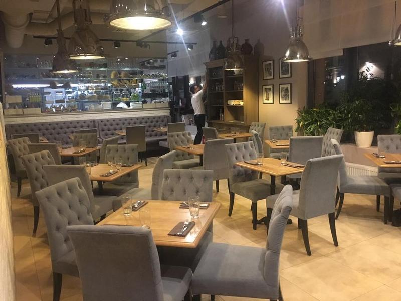 стул для ресторана