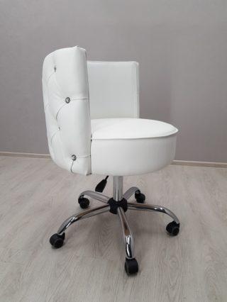 кресло для клиента маникюра