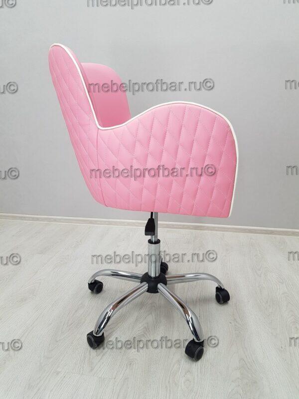 красивое кресло на пятилучие