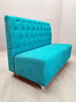 диван в каретной стяжке