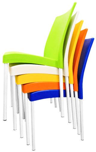 стулья пластиковые