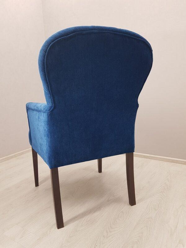 удобное кресло для ресторана