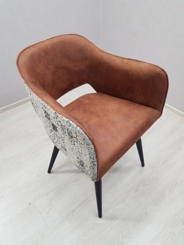 Стильные кресла для кафе
