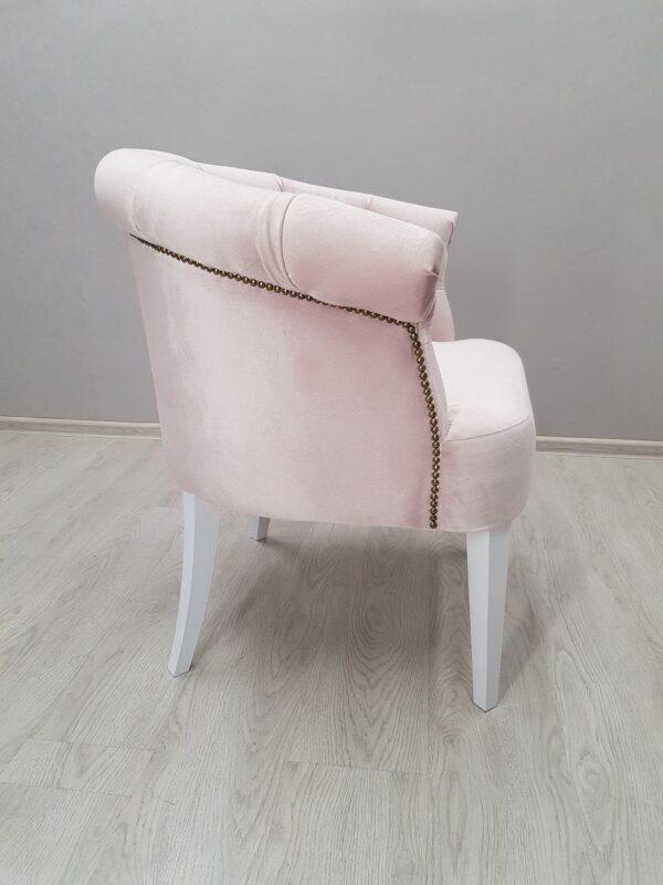 красивое кресло для салона красоты