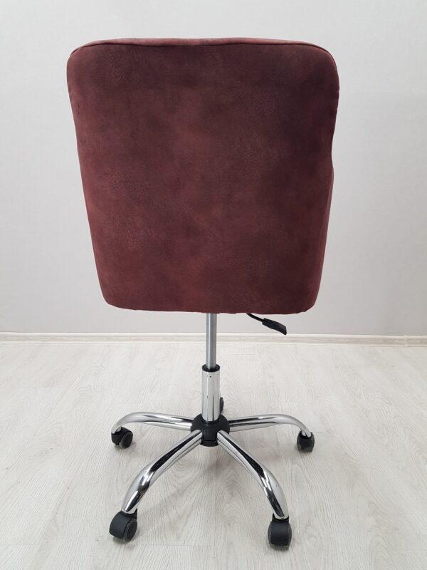 удобное кресло для маникюра