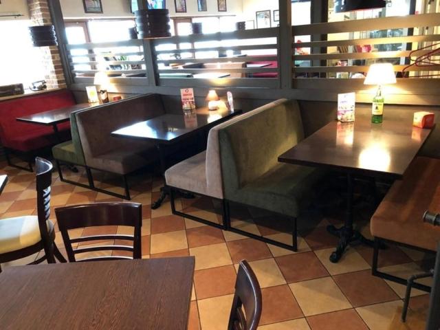 Диваны в стиле лофт в ресторане Бирлайн г. Зеленоград