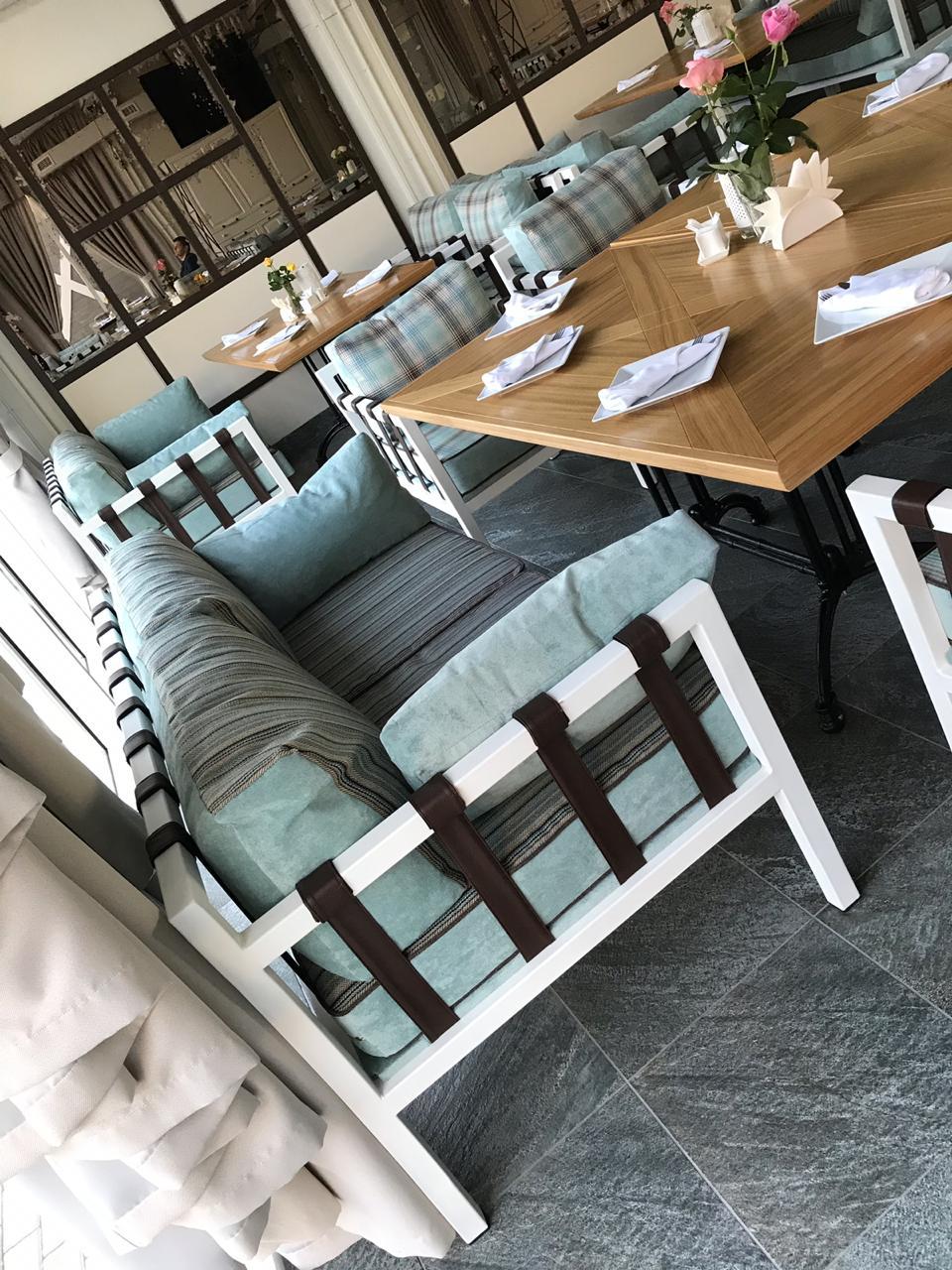 Диваны и кресла Хаммер в доме отдыха Рай,  ресторан Маста , Смоленская обл