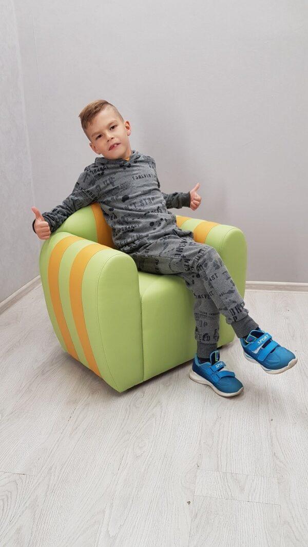 детское кресло в садик
