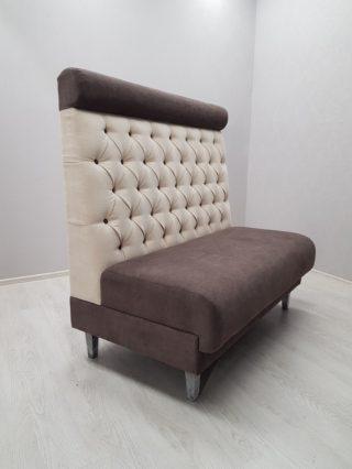 диван высокий