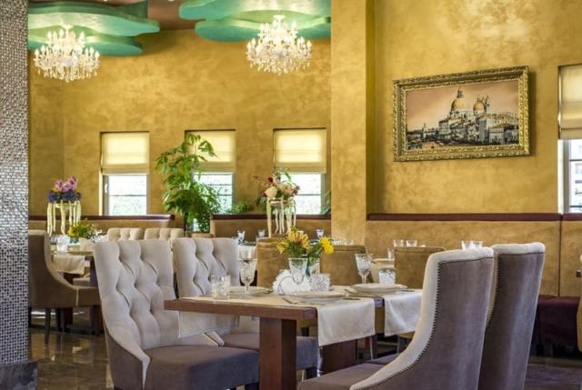 Наша мебель в ресторане Сказка Бутово г.Москва, 117624, ул. Изюмская, 52А